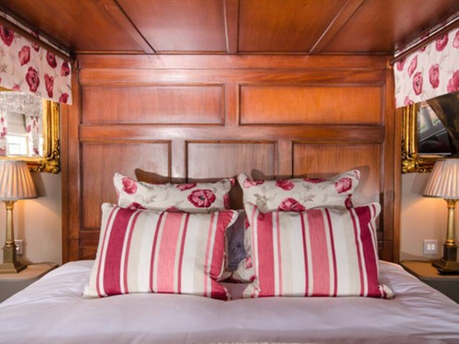 Super King Four Poster bed with Hypnos mattress.