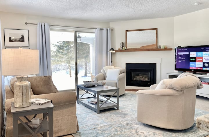 Belle Vie  |  Lodge Condo |  Ski-in, pool, tennis