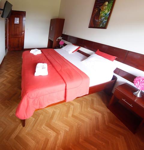 Habitación 09 l cama king