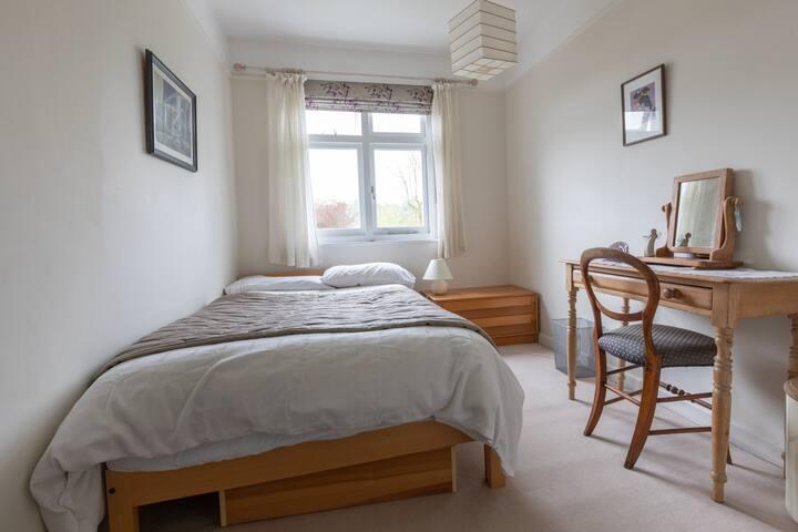 Bedroom 3 (4ft bed)