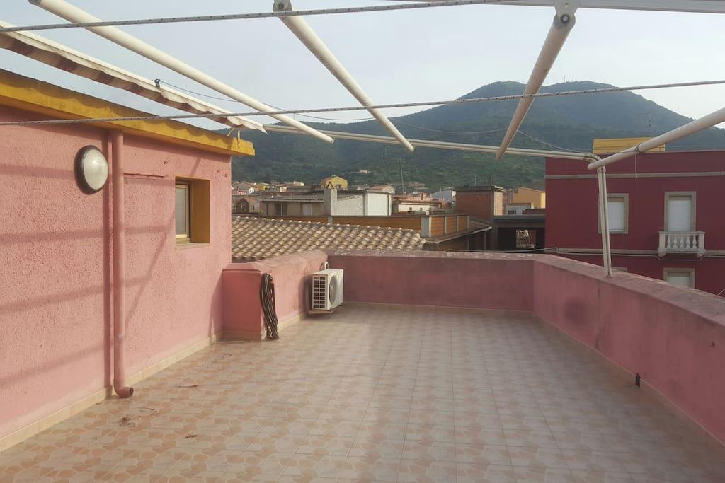 Terrasse avec vue sur le village