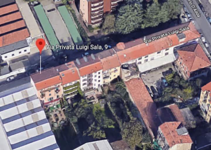 Stanza privata sui Navigli
