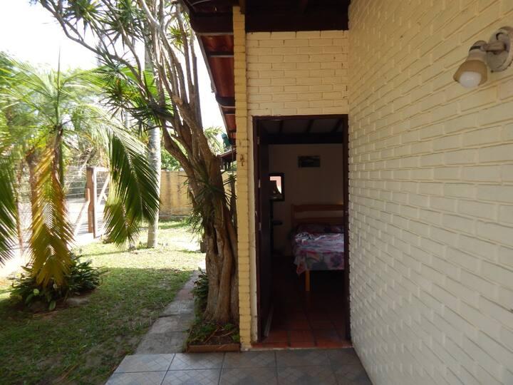 Quarto com entrada privativa em Torres-RS