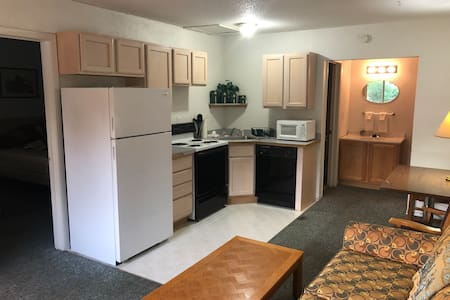 # 207 Super Suite/LAKE access ATV Trail/GOLF!!