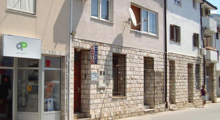 Apartmans Starmo - Mostar - Guesthouse