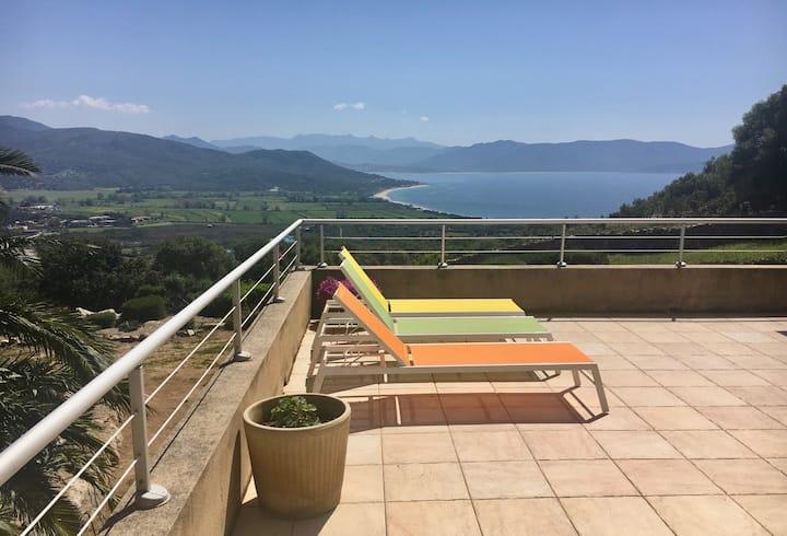 Villa de 100 m2 magnifique vue mer