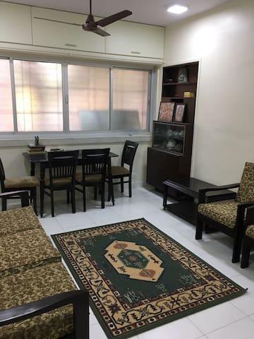 Cozy 2 bedroom apartment in Vileparle east - Bombaim - Apartamento