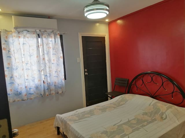 Homey Room for 2 in Cavite City