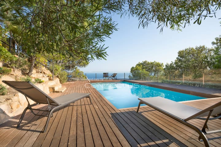 Modern villa with incredible sea and mountain view - Begur - Hus