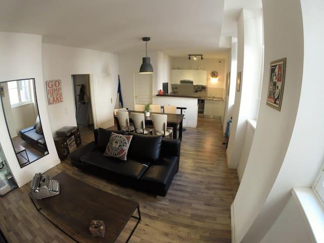 Appartement T2 55m2 centre historique - Narbonne - Apartemen
