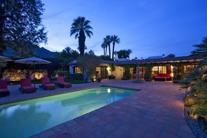 Elegant Spanish-style home with private pool & spa - 2 blocks to downtown!