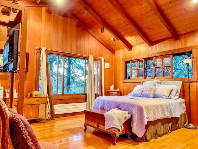 ♛ Big Sur only 30min. Pvt Lg/rm 4u Cabin in woods