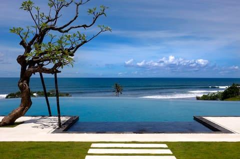 6 Bedroom Villa w/ ocean view and big pool Tabanan