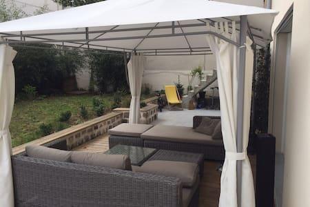 Master suite/Suite Parentale jardin - Ivry-sur-Seine - Maison