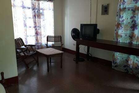 APARTAMENTOS FREEMAN (habitaciones)
