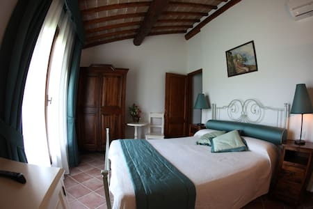 Relax e Charme in Toscana - Barberino di Mugello - Bed & Breakfast