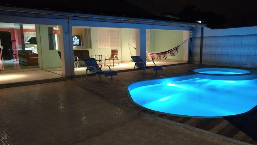 Casa piscina aquecida Netflix Wifi (Beto Carrero)