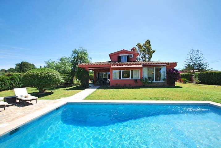 Charming and stylish country house, close to Palma