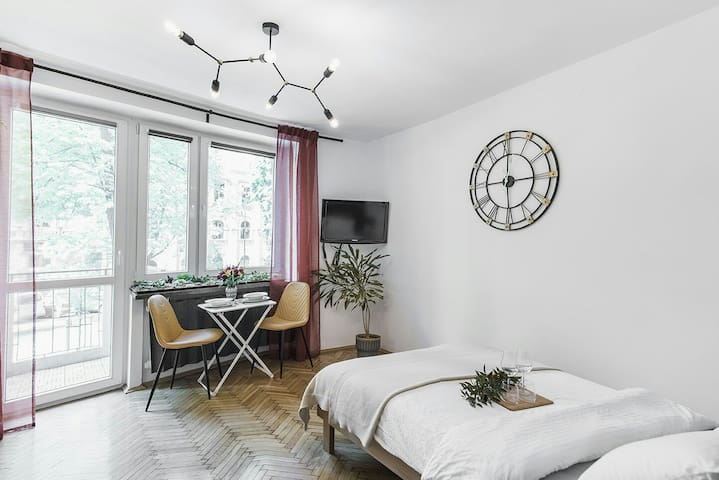 Bright, Stylish Flat near the Castle and Old Town