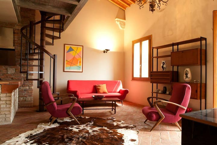 TUSCANY FOREVER RESIDENCE VILLA FAMIGLIA FIRST FLOOR APARTMENT no.7