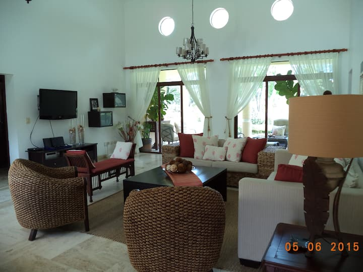 The perfect villa to relax and close to all beach!