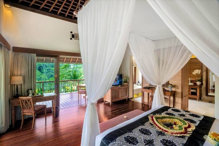 Beautiful View Ubud! 1BR Pool Villa W/Jungle View