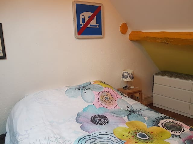Chambre, configuration jour.