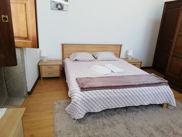Casa Cardeal Saraiva - Quarto A  (Bedroom A)