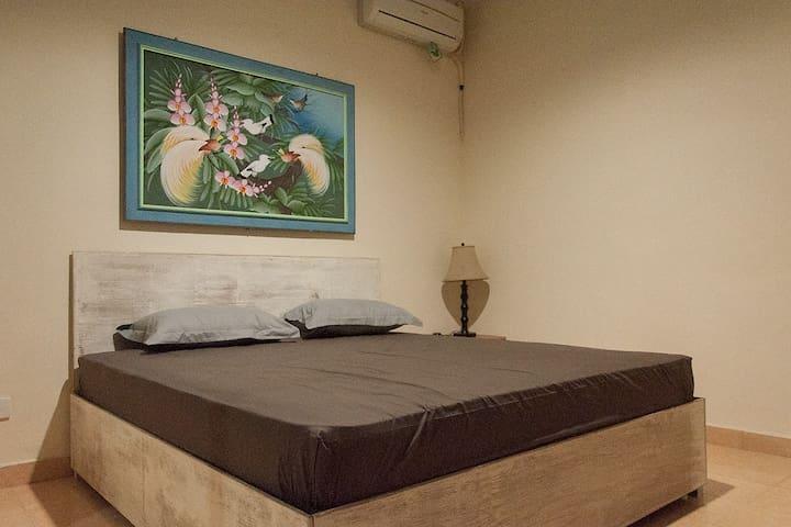 Sanur apartment studio 5min walk from the beach - Denpasar Selatan - Hus