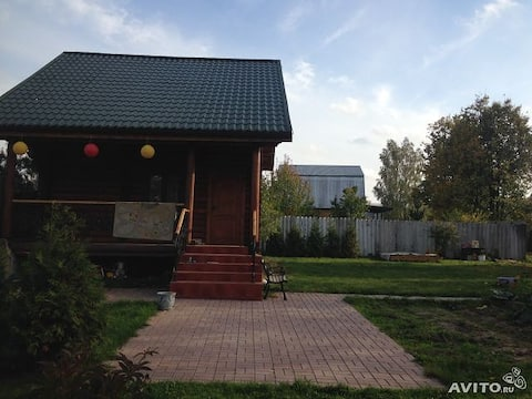 Cozy,quiet house 5 km from metro Teply Stan