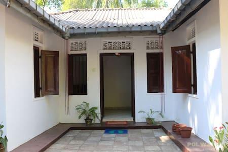 Ayesha's Community Home-stay - Digana - 独立屋