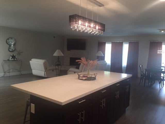 Spacious Newly Remodeled Home in Del Cerro - San Diego - Rumah