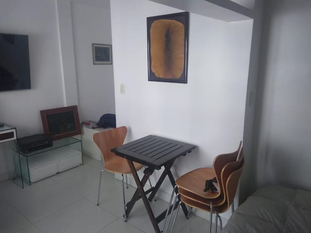 MONOAMBIENTE EN RECOLETA FRENTE AL HOTEL ALVEAR