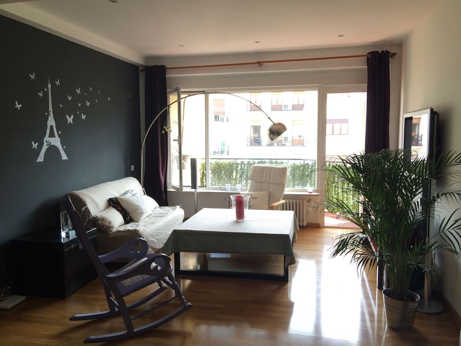 Very bright living room with direct view and access to the terrace