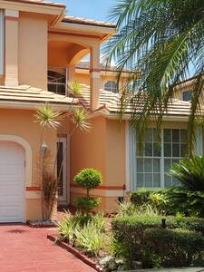 Home in prestigious gated golf community