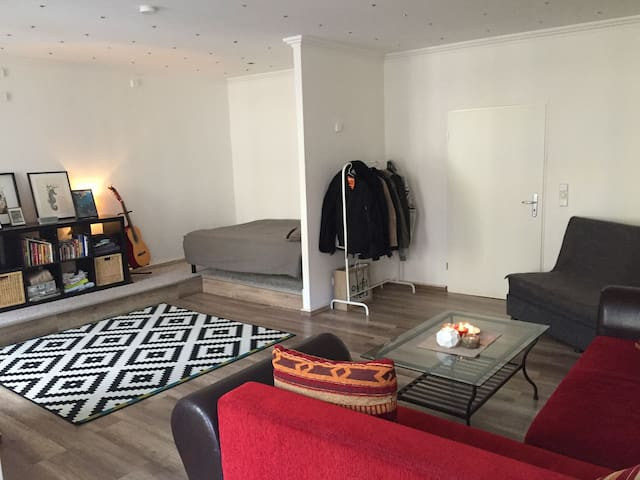 Beautiful, Big and Sunny room - Berlin - Apartament