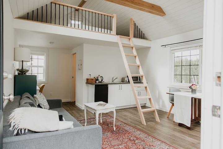 Poplar Cottage - Cozy Yarrow Retreat!