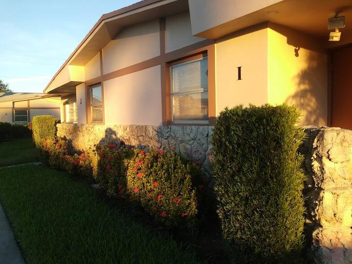 Cozy Villa in West Palm Beach
