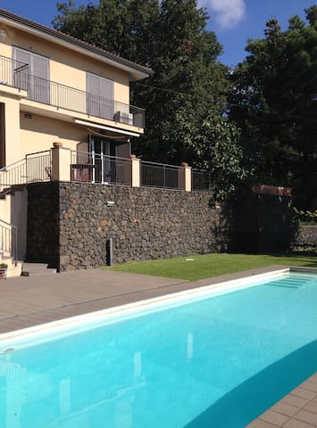 Beautiful villa with swimming pool - Nicolosi - House
