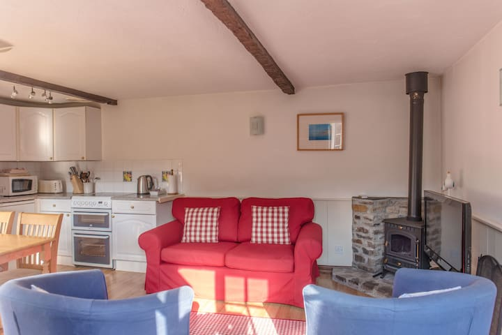 Cheristow Farm Cottages - Stables - Hartland - Casa
