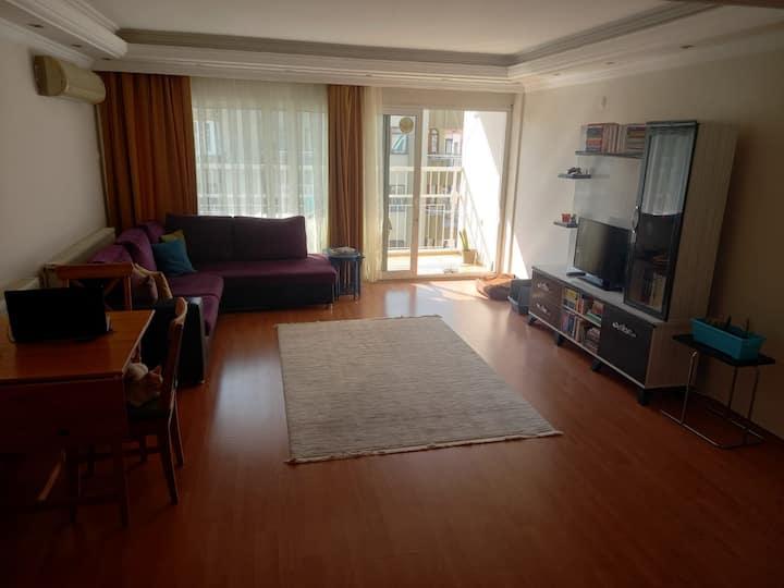 3+1 Cozy Room/Eviniz Gibi 3+1 Dairede Oda
