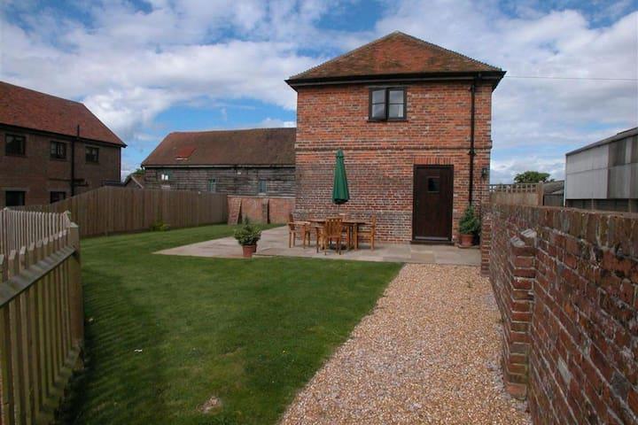 Casa vacacional con encanto en Benenden, Kent con vistas al jardín