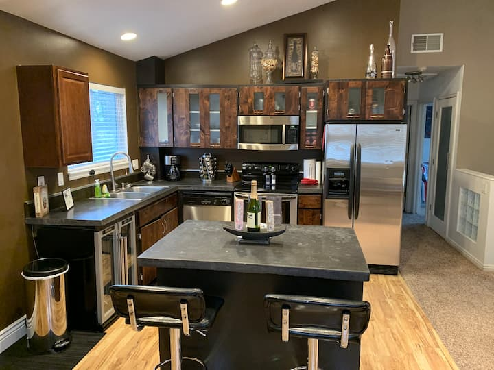 Modern Downtown SLC Home in perfect location