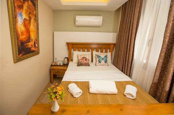 Double room near İstiklal street