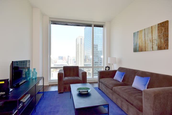 OneEleven RIVER VIEW FURNISHED JR. 1 BED POOL (43)