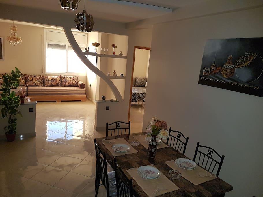 appartement meubl de luxe 4 chambres centre ville appartements louer oujda oriental maroc. Black Bedroom Furniture Sets. Home Design Ideas