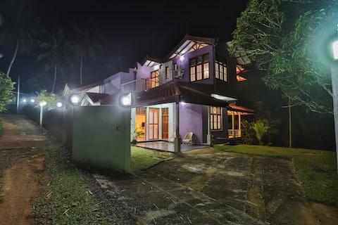 Loving Villa - Kaluaggala