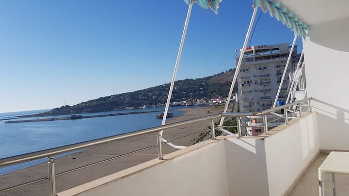 At Cabana, Waterfront View Apt.L+ Free Parking