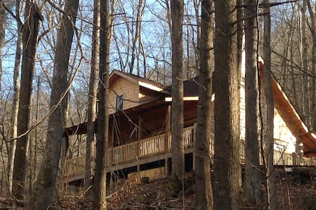 UNIQUE CHARM LOG CABIN IN THE WOODS - Robbinsville - Hytte