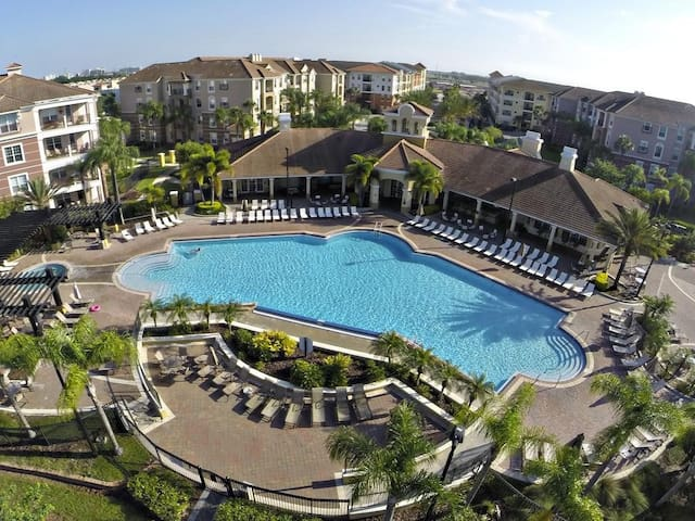Resort 3BR /2BA, OCCC, Universal, Disney, Seaworld